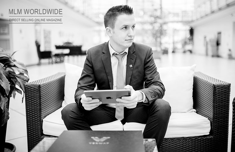 simeon-wilhelm-qualifiziert-sich-zum-verway-platinum-manager